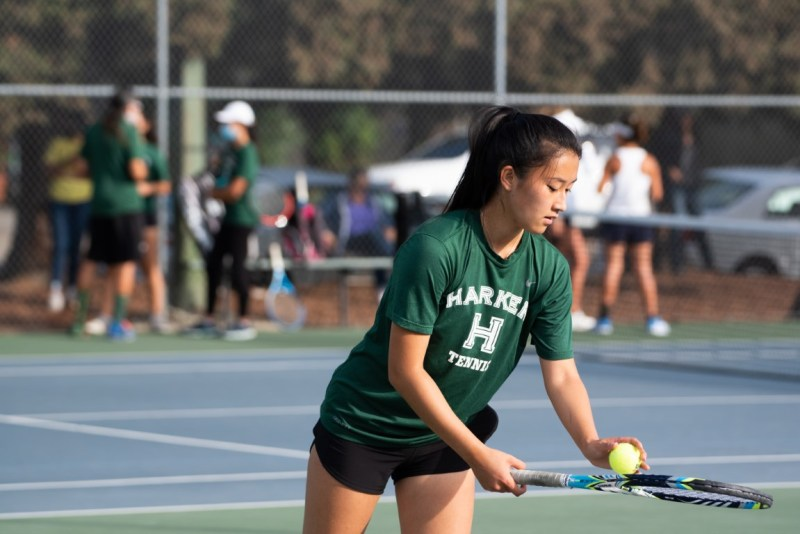 Girls tennis remains undefeated, football looks ahead to Harker Day