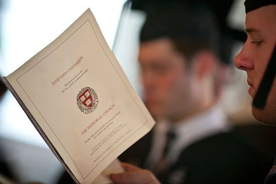 On May 26, the University awarded a total of 7,147 degrees and 70 certificates. Harvard College granted a total of 1,556 degrees.
