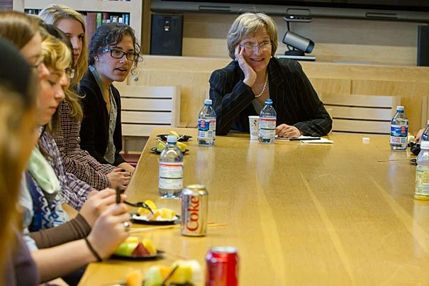 """President Drew Faust offered three principles of great leadership: connectedness, communication, and the ability to accept responsibility. The best leaders ... are willing to say, """"I will own this, and I will give of myself for it,"""" Faust told those gathered for the IOP's Women's Initiative in Leadership program."""