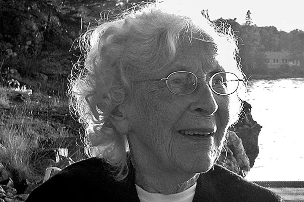 Margaret Nast Lewis joined the faculty of the Harvard College Observatory in 1961, and remained there until her retirement in 1986.