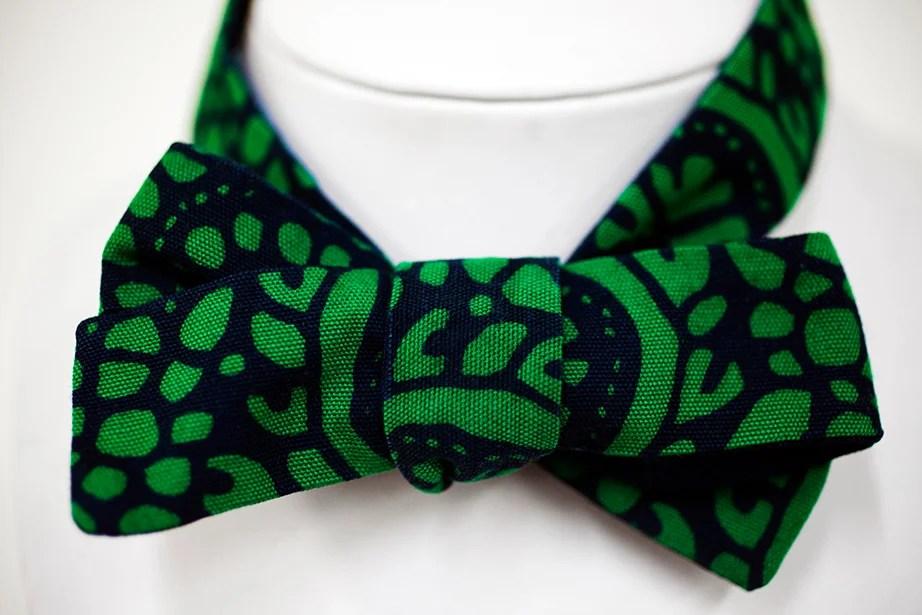 such lively, lovely neckwear