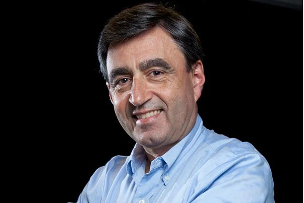 """Harvard Professor Eric Mazur (pictured) has been named the first winner of the Minerva Prize for Advancements in Higher Education. Mazur was recognized for his development of the peer-instruction teaching methodology, which """"embodies the innovation in teaching excellence that the Minerva Prize was conceived to recognize and promote,"""" said Roger Kornberg, the governor of the Minerva Academy."""