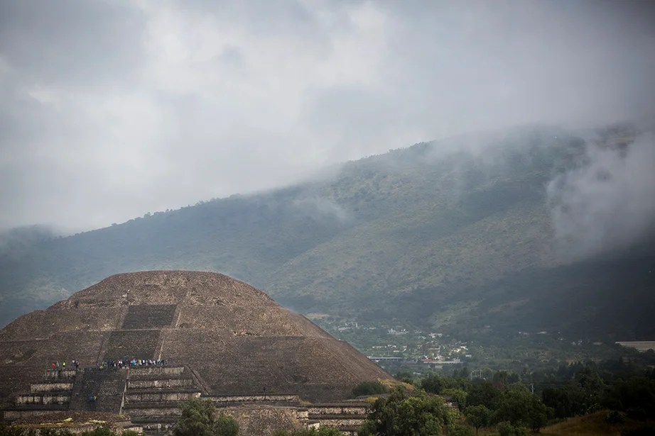 The Temple of the Moon in Teotihuacan. Stephanie Mitchell/Harvard Staff Photographer
