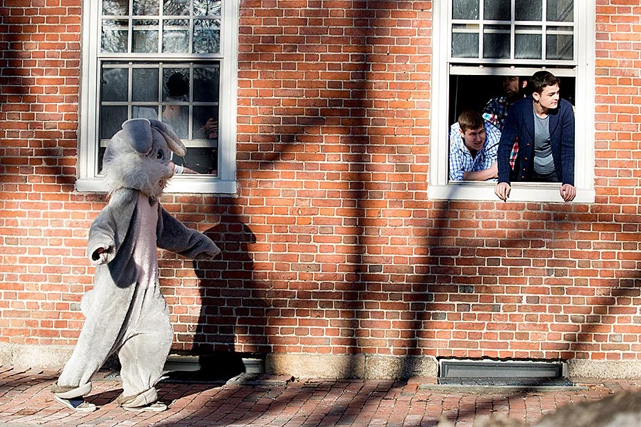 The Leverett House bunny delivered housing assignments to eager freshmen. Rose Lincoln/Harvard Staff Photographer