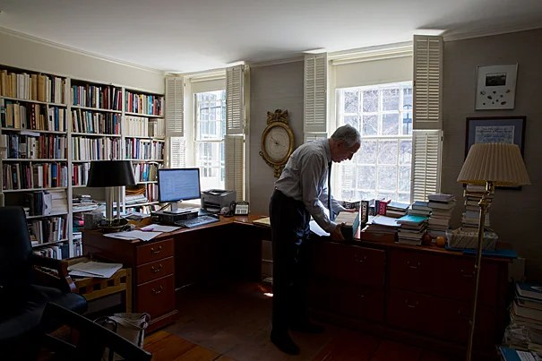 """""""If I could characterize what I've done since 2007 in one word, it would be 'openness' ― to open up Harvard to the world. Knowledge should be seen as a natural resource,"""" said outgoing Carl H. Pforzheimer University Professor and University Librarian Robert Darnton."""