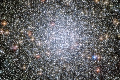 Globular star clusters like this one, 47 Tucanae, might be excellent places to search for interstellar civilizations. Their crowded nature means intelligent life at our stage of technological advancement could send probes to the nearest stars.