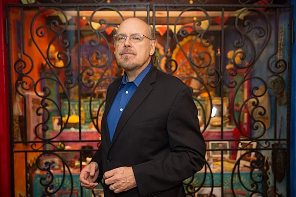 David Carrasco, Neil L. Rudenstine Professor for the Study of Latin America, talks about the centuries-old relationship between Mexico and the U.S. and the central role it plays in the 2016 U.S. presidential campaign.