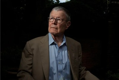 Nobel laureate Thomas C. Schelling, who was a major figure in shaping the modern Harvard Kennedy School, died at the age of 95.