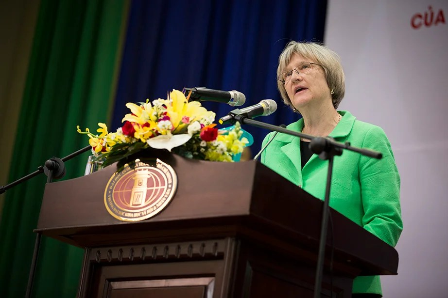 Drew Faust delivers a public address at Ho Chi Minh City University of Social Sciences and Humanities (USSH) in Ho Chi Minh City.