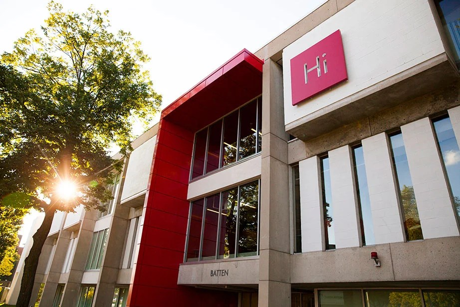 The Harvard Innovation Lab, or i-lab, which opened in 2011, fosters team-based innovation at the University and deepens ties among students, faculty, and the Greater Boston business community. In the years since opening, the i-lab, the Launch Lab, which supports alumni ventures, and the new Pagliuca Harvard Life Lab, have helped 75 companies make it to market. Stephanie Mitchell/Harvard Staff Photographer