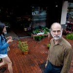 Cybersecurity expert and Berkman Klein fellow Bruce Schneier talked to the Gazette about what consumers can do to protect themselves from government and corporate surveillance.