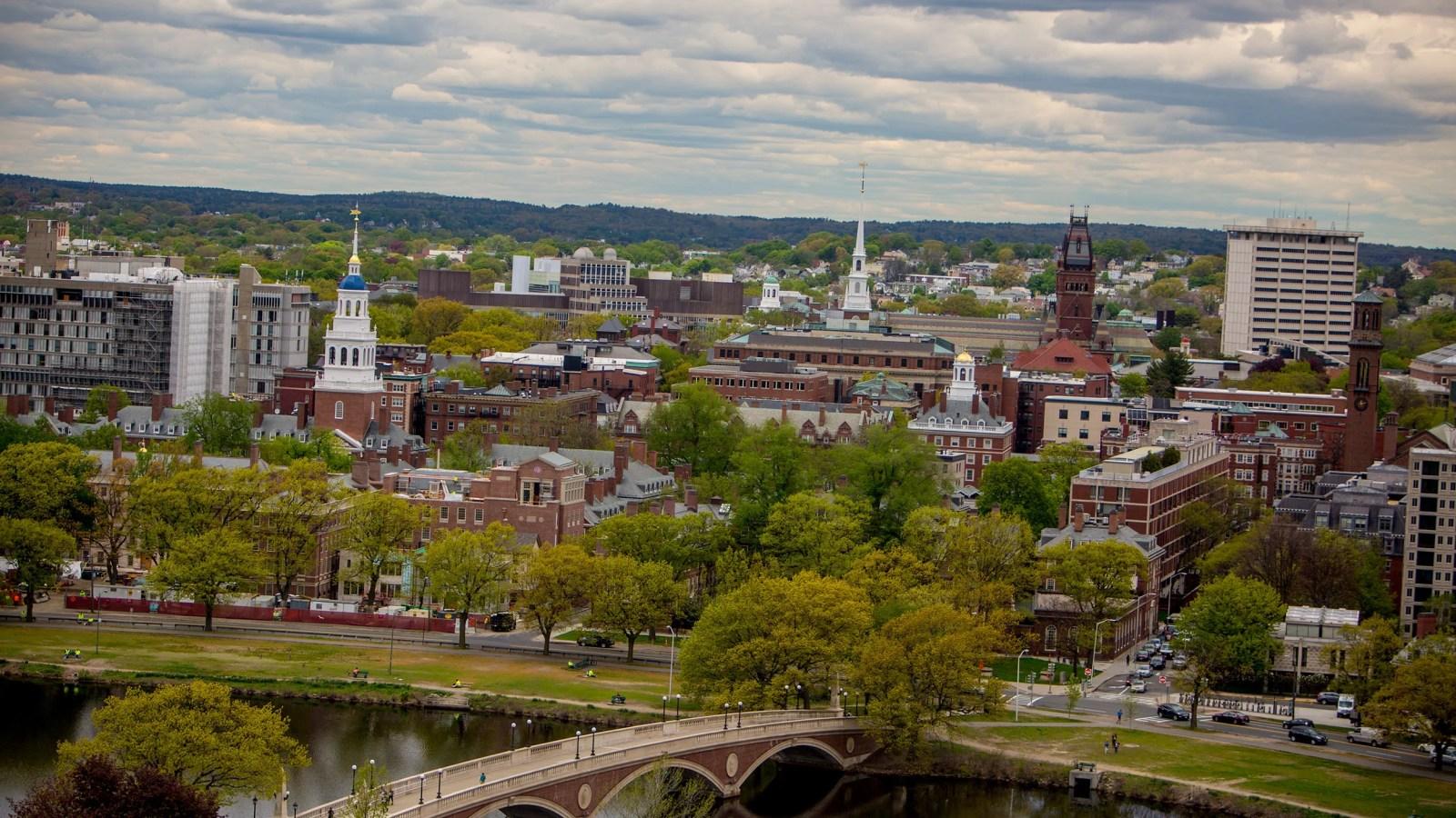 4 Harvard Scholars Win Arts And Sciences Professorships