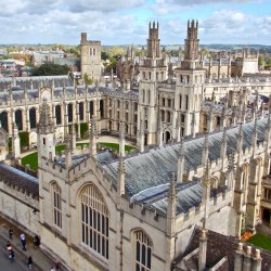 Two Harvard students among 32 Rhodes Scholars for 2019