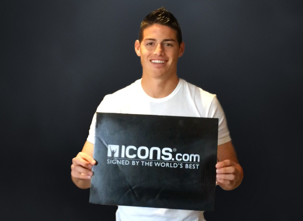 James-Rodriguez-Signing-Session