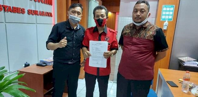 Temukan Stiker Provokatif Soal PDIP, Warga Petemon Surabaya Lapor Polisi