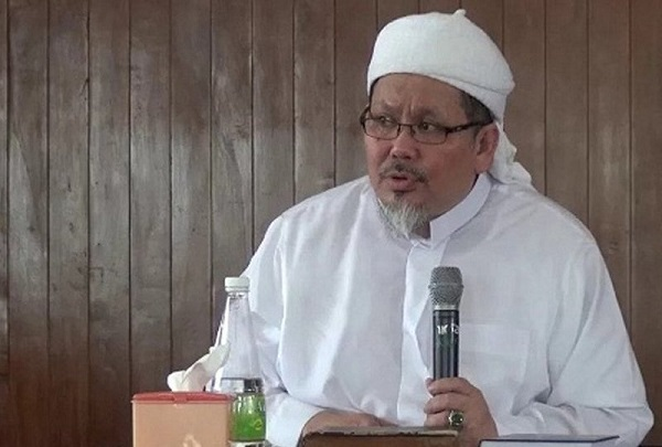 Ustaz Tengku Zulkarnain-- (Foto: jawa pos/fajar.co.id)