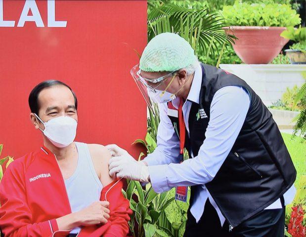 Vaksinasi Kedua, Jokowi Hanya Pegal-Pegal