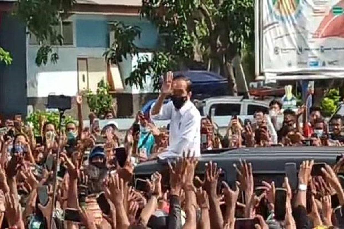 Kerumunan Jokowi di NTT, Demokrat: Presiden Menguji Kapolri, Mantan Ajudannya