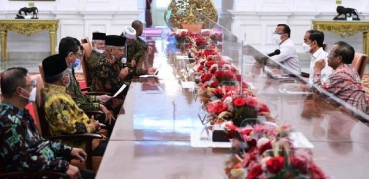 Amien Rais Ingatkan Jokowi soal Neraka Jahanam, Denny Siregar: Ini Beneran Mbah Amien? Jangan-jangan Ghost Rider