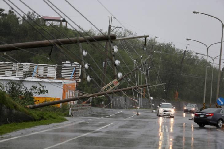 Результаты тайфуна «Меранти» на юге Тайваня (+ видео и фото)