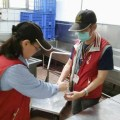 Сотни тайваньских детей отравились школьными обедами