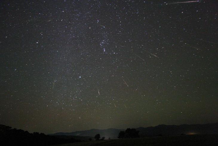 Метеорный поток Ориониды и Уран и озарят небо в выходные