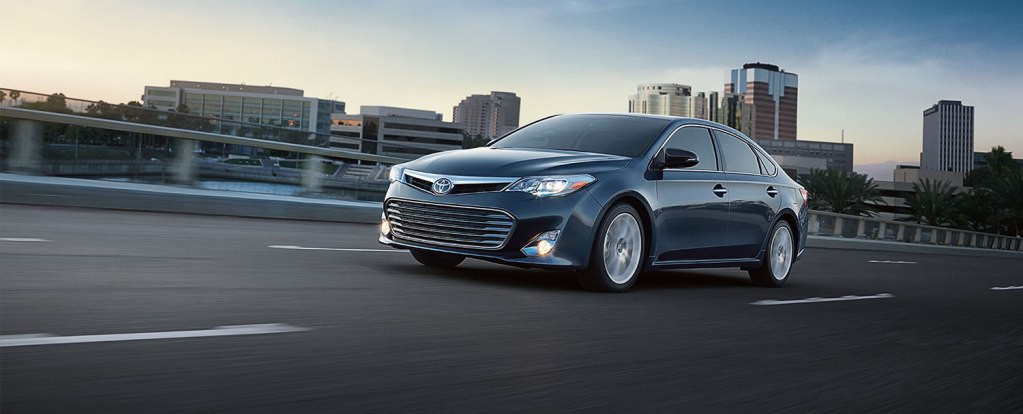 2014 Toyota Avalon Front