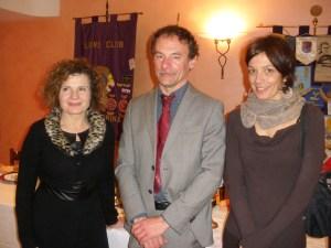 La Presidente Emanuela Pastorelli con l'Ing. Daniele Trinchero e la Presidente dell'Associazione Senza Fili Senza Confini Daniela Priarone