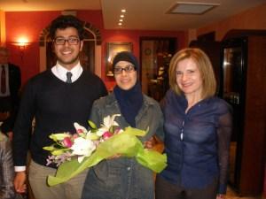 Amine Bouchari con la Signora Fatima Adriou e la Presidente Emanuela Pastorelli
