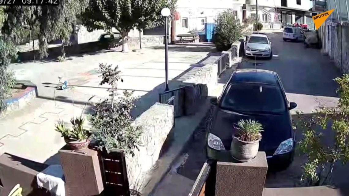 Πλάνα από κάμερα ασφαλείας δείχνουν τη στιγμή που ο σεισμός έπληξε την Κρήτη