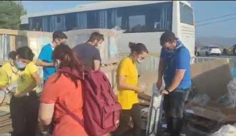 Σεισμός Κρήτη: Έφτασαν τα πρώτα ράντζα στο Αρκαλοχώρι