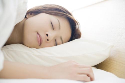 「夜勤 昼間に寝る 女性」の画像検索結果