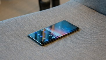 Nokia 8 Sirocco is the Nokia 8, but even more beautiful
