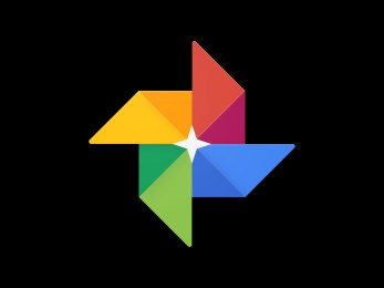 Google Photos goes Dark