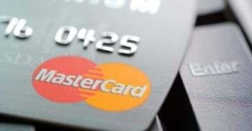 Mastercard partners with major online service platforms to offer discounts to Mastercard holders on purchases.