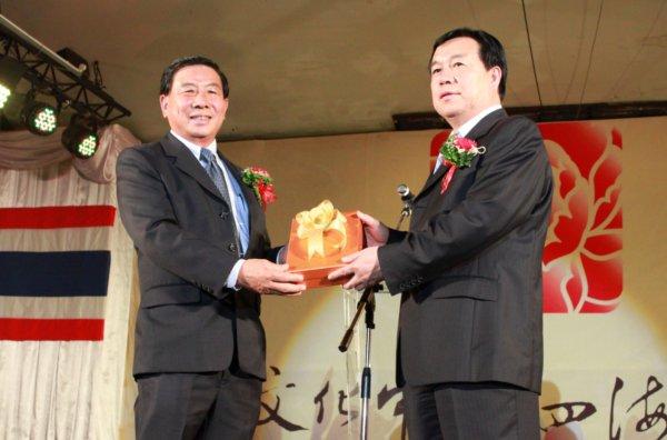มูลนิธิล็อกเซี่ยนก๊ก จัดงานแสดงศิลปวัฒนธรรมจีน