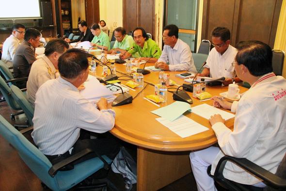 ภูเก็ตประชุมโครงการแก้ปัญหายางพารา ปี 2557
