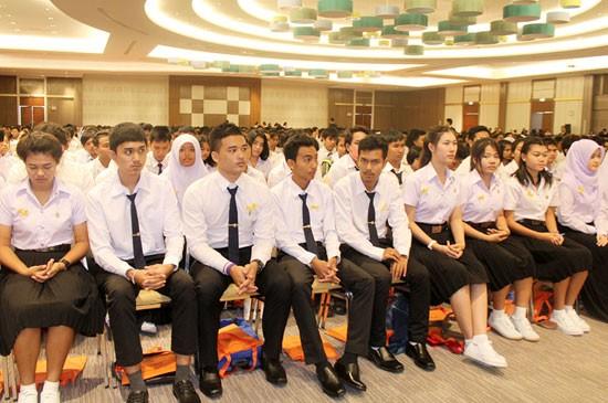 ราชภัฏภูเก็ตปฐมนิเทศนักศึกษาใหม่-ผู้ปกครอง ปีการศึกษา 2558