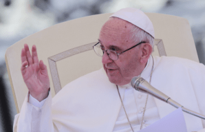 Pro Francis theologians start petition in support of Pope following 'filial correction'