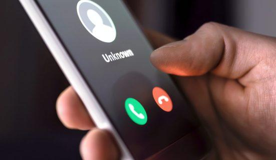 phone showing unknown sender
