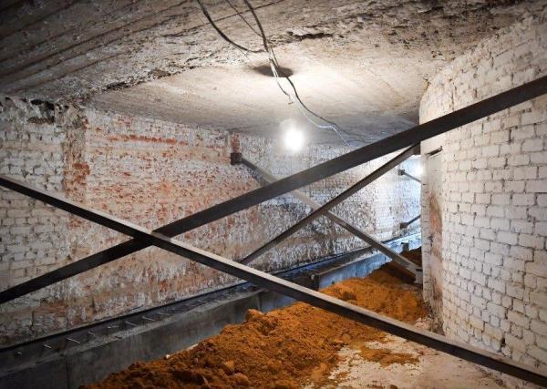 Подготовлен к реставрации зрительный зал оперного театра в ...