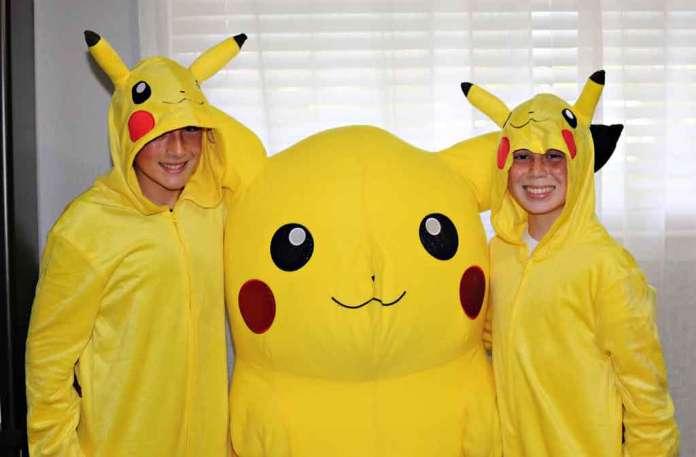 Pokemon GO enthusiasts (credit: Jill Carlson)