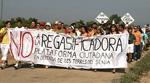 Manifestación contra la planta gas Alcanar