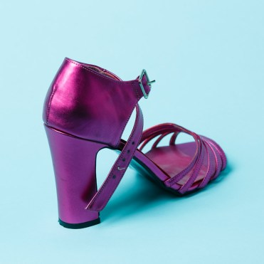 High heel shoe