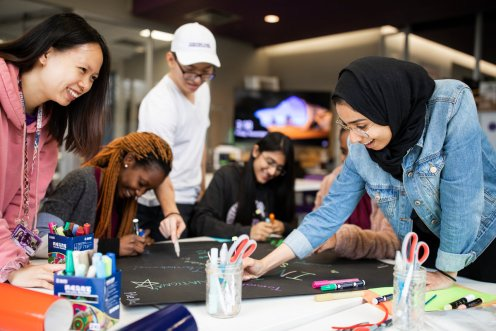International students work on a creative in the create[space] in the Anderson Student Center on November 1, 2019. Liam Doyle/University of St. Thomas