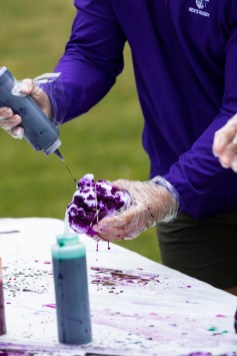 Students make tie dye shirts during Tommie Fest. Mark Brown/University of St. Thomas