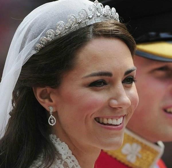 Kate Middleton's Earrings - Her Top 5 Staples