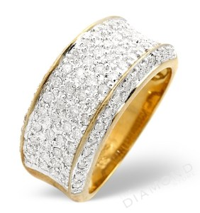 Men's half eternity ring with yellow gold and pavé set diamonds