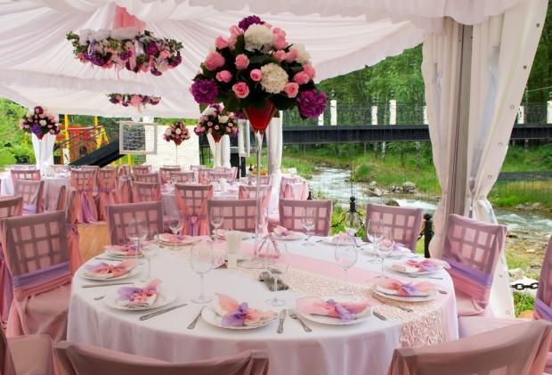 Pink sapphire inspired pink wedding theme WeddingBoard_TheDiamondStore01b