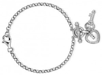 A charm bracelet is a meaningful and romantic Christmas gift